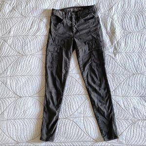 5/$35🍑 AMERICAN EAGLE Super Skinny Cargo Pants